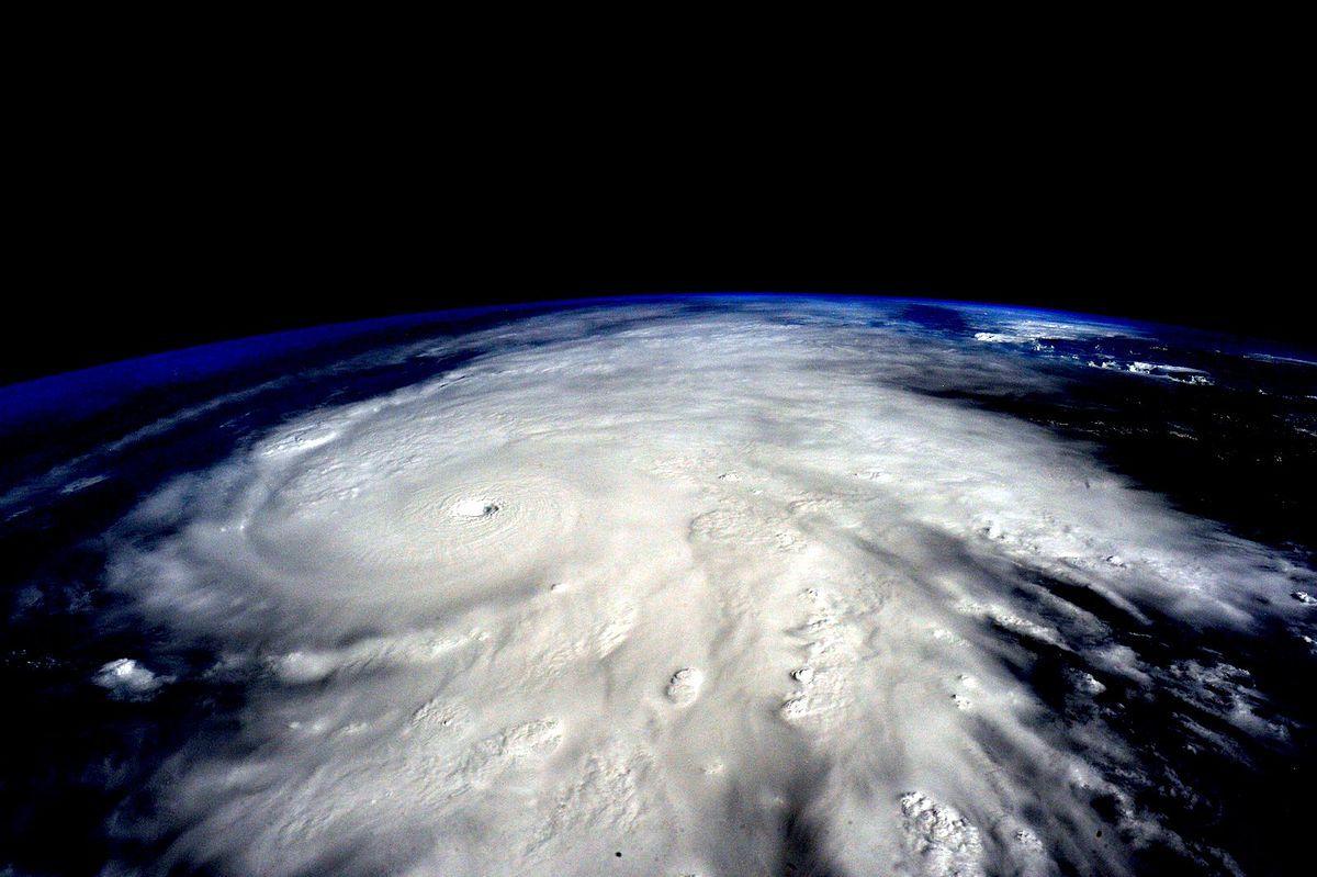 Foto/ https://pt.wikipedia.org/wiki/Ciclone_tropical